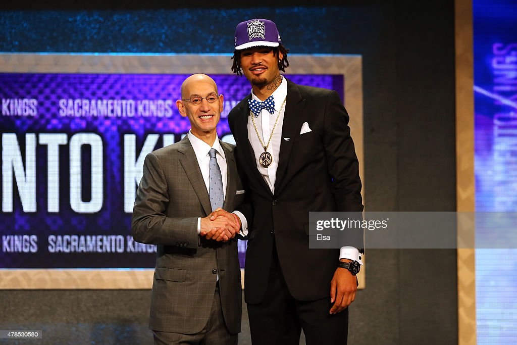 <a gi-track='captionPersonalityLinkClicked' href=/galleries/search?phrase=Willie+Cauley-Stein&family=editorial&specificpeople=9854040 ng-click='$event.stopPropagation()'>Willie Cauley-Stein</a> poses with Commissioner <a gi-track='captionPersonalityLinkClicked' href=/galleries/search?phrase=Adam+Silver&family=editorial&specificpeople=679055 ng-click='$event.stopPropagation()'>Adam Silver</a> after being selected sixth overall by the Sacramento Kings in the First Round of the 2015 NBA Draft at the Barclays Center on June 25, 2015 in the Brooklyn borough of New York City.