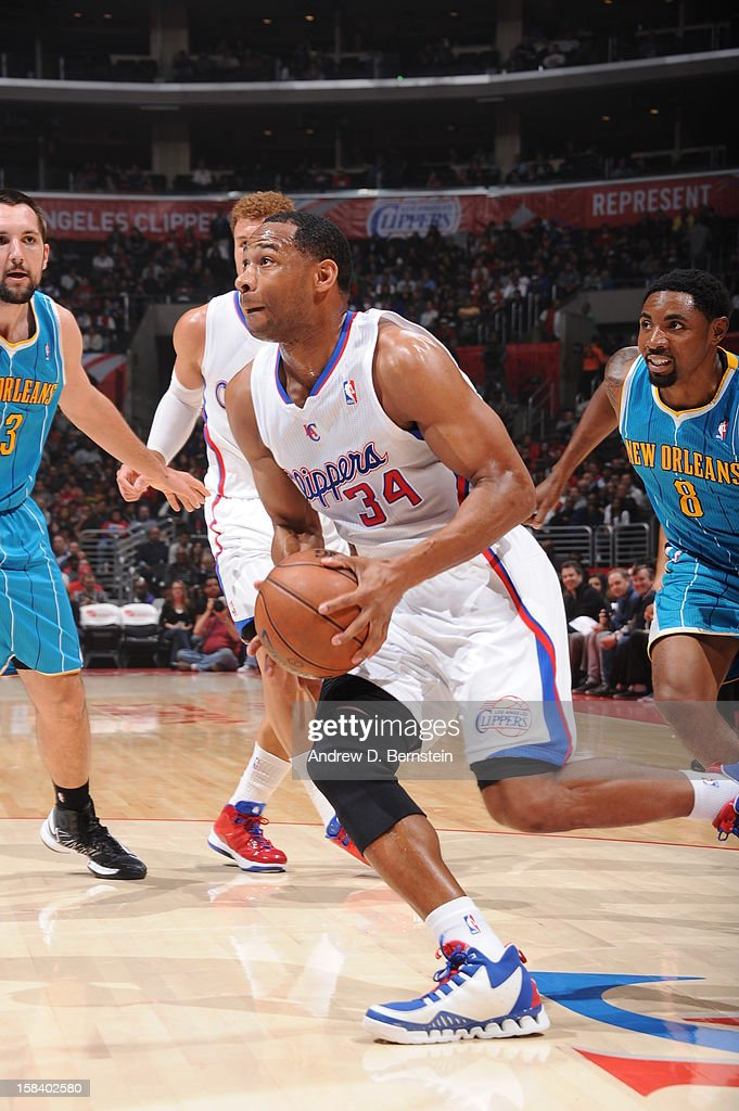 <a gi-track='captionPersonalityLinkClicked' href=/galleries/search?phrase=Willie+Green&family=editorial&specificpeople=201653 ng-click='$event.stopPropagation()'>Willie Green</a> #34 of the Los Angeles Clippers drives to the basket against the New Orleans Hornets at Staples Center on November 26, 2012 in Los Angeles, California.