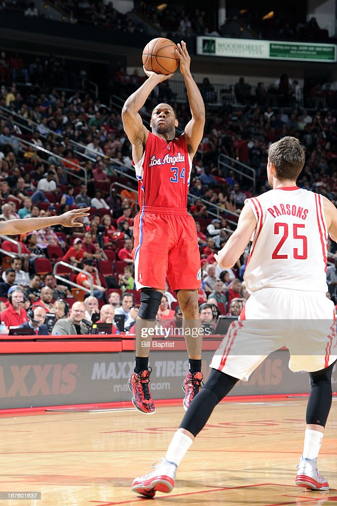 <a gi-track='captionPersonalityLinkClicked' href=/galleries/search?phrase=Willie+Green&family=editorial&specificpeople=201653 ng-click='$event.stopPropagation()'>Willie Green</a> #34 of the Los Angeles Clippers shoots against the Houston Rockets on March 30, 2013 at the Toyota Center in Houston, Texas.