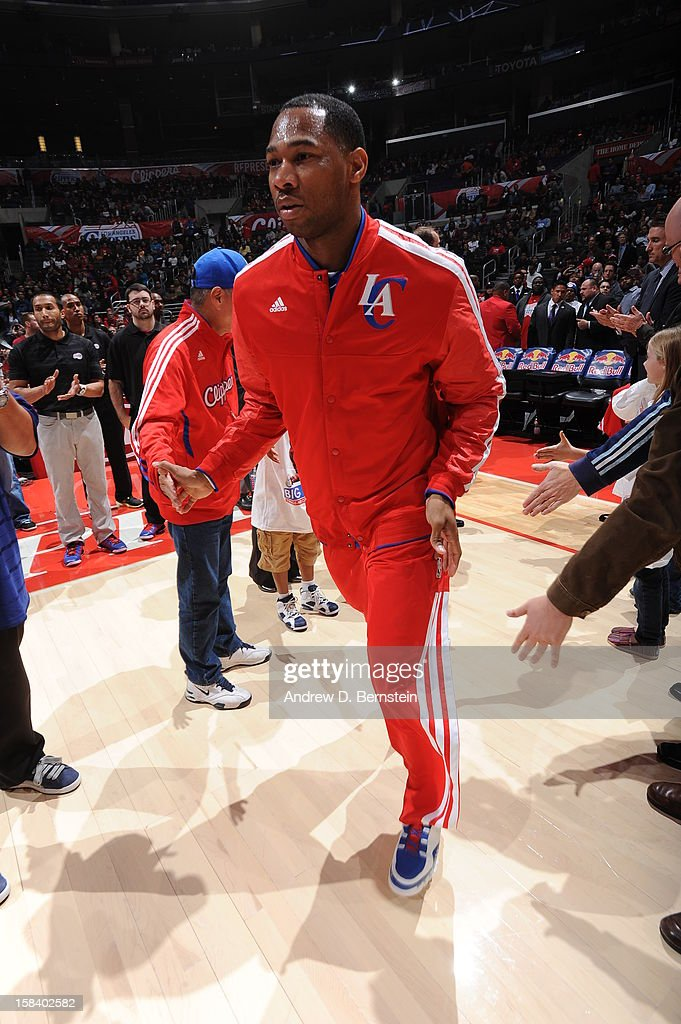 <a gi-track='captionPersonalityLinkClicked' href=/galleries/search?phrase=Willie+Green&family=editorial&specificpeople=201653 ng-click='$event.stopPropagation()'>Willie Green</a> #34 of the Los Angeles Clippers takes the floor before the game against the New Orleans Hornets at Staples Center on November 26, 2012 in Los Angeles, California.