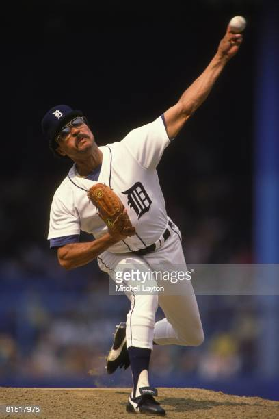 Willie Hernandez of the Detroit Tigers pitches during a baseball game against the Oakland Athletics on May 1 1989 at Tigers Stadium in Detroit...