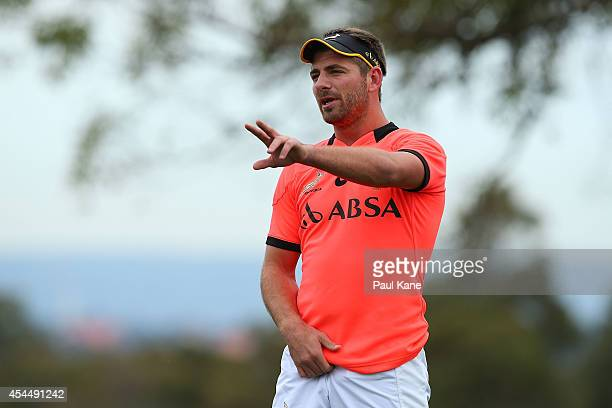 Willie le Roux getsures to team mates during a South African Springboks training session at Hale School on September 2 2014 in Perth Australia