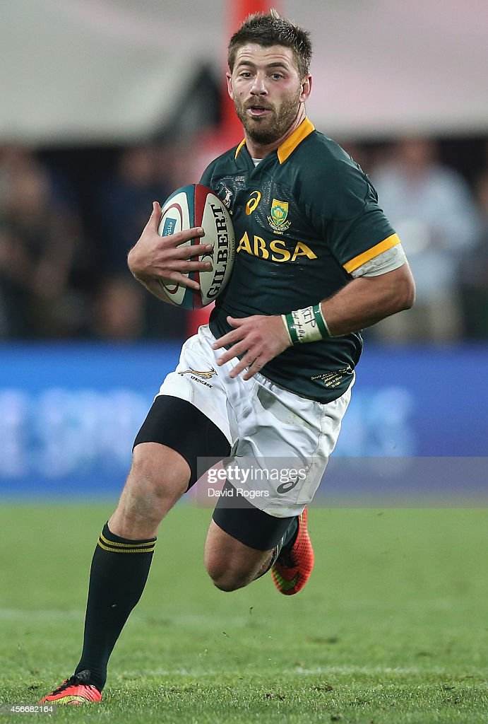 Willie le Roux of South Africa runs with the ball during the Rugby Championship match between the South African Springboks and the New Zealand All Blacks at Ellis Park Stadium on October 4, 2014 in Johannesburg, South Africa.