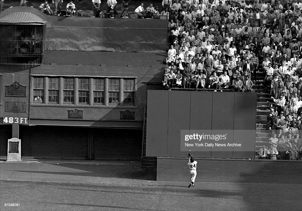 Willie Mays makes his famous catch off the bat of Vic Wertz in the 1954 World Series at the Polo Grounds New York Giants went on to sweep the...