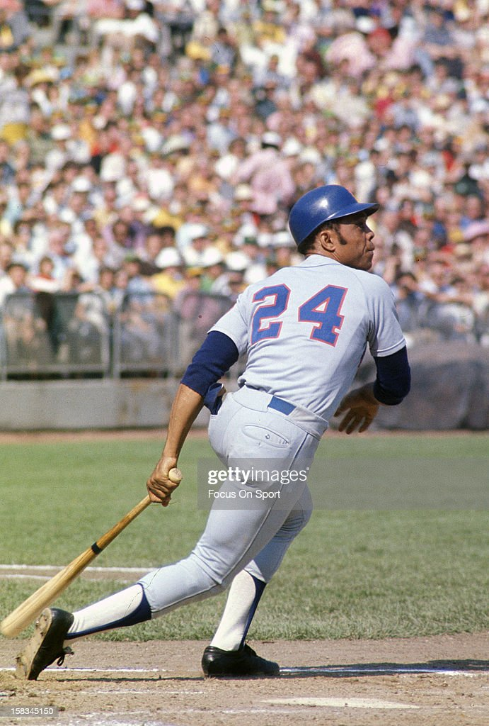 willie-mays-of-the-new-york-mets-bats-ag