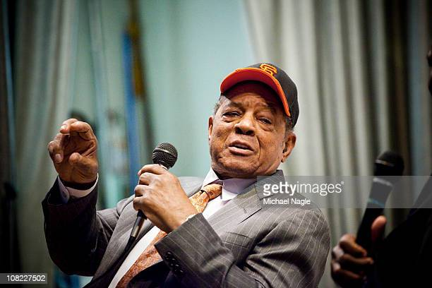 Willie Mays visits PS 46 in Harlem next to the site of the former Polo Grounds where the new York Giants played before moving to San Francisco in...