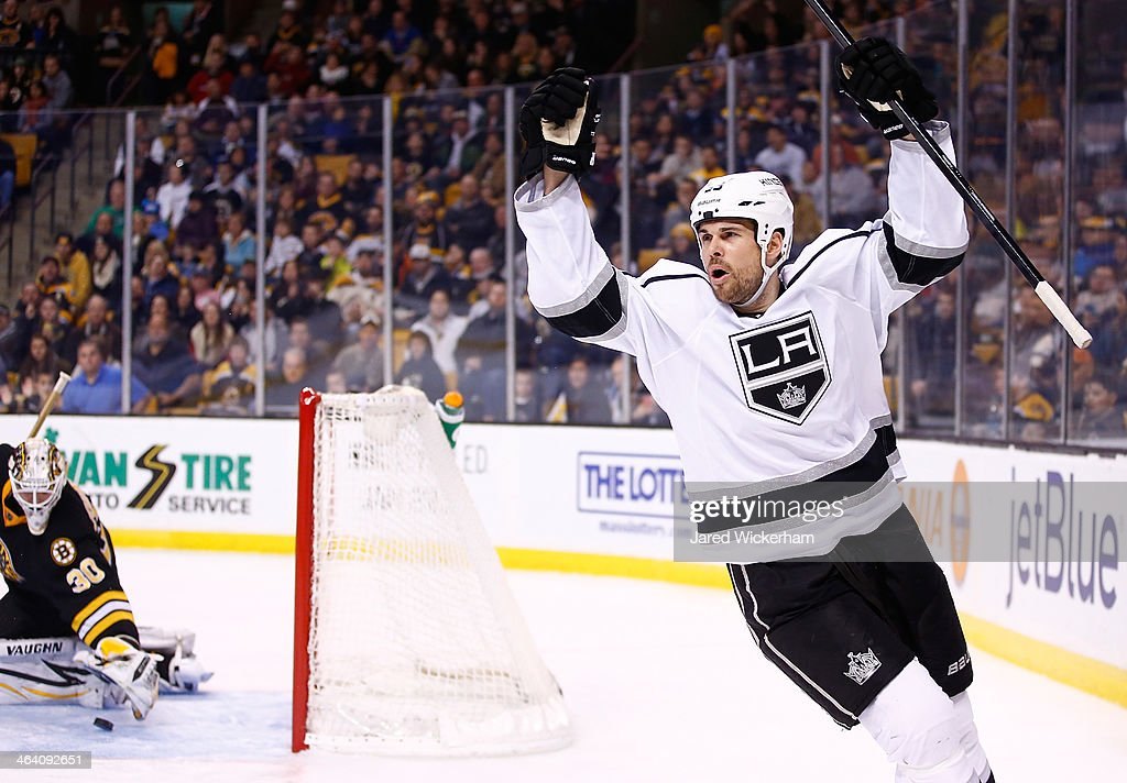 <a gi-track='captionPersonalityLinkClicked' href=/galleries/search?phrase=Willie+Mitchell+-+Ice+Hockey+Player&family=editorial&specificpeople=12876291 ng-click='$event.stopPropagation()'>Willie Mitchell</a> #33 of the Los Angeles Kings celebrates his goal in the second period against the Boston Bruins during the game at TD Garden on January 20, 2014 in Boston, Massachusetts.