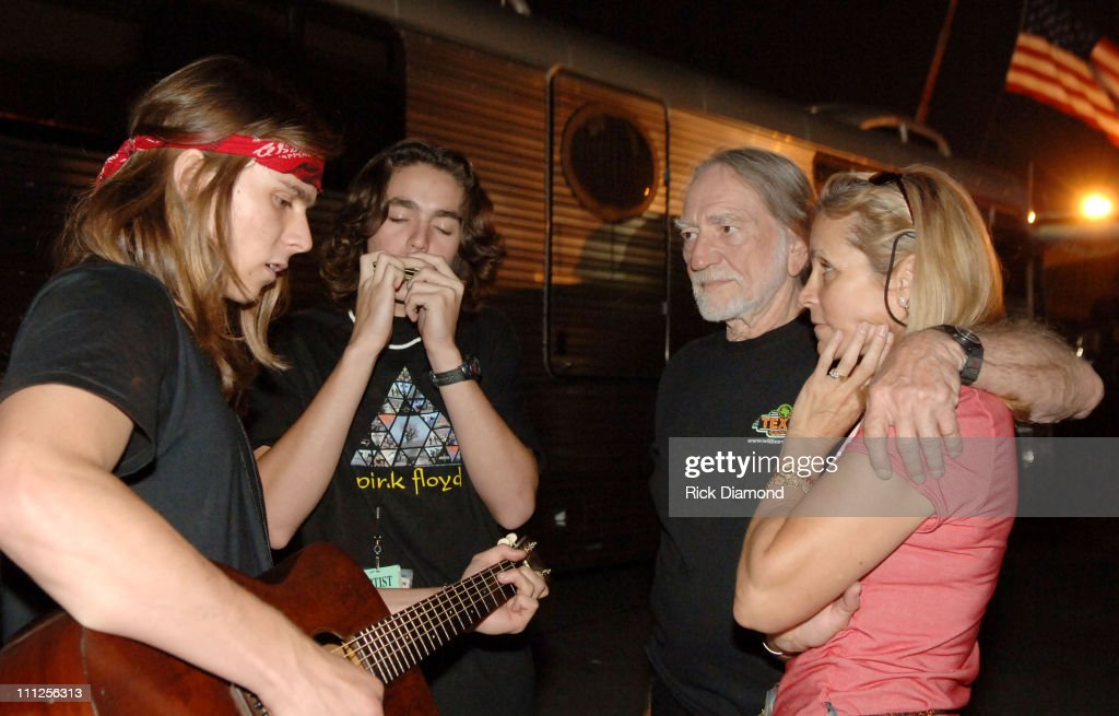 <a gi-track='captionPersonalityLinkClicked' href=/galleries/search?phrase=Willie+Nelson&family=editorial&specificpeople=203154 ng-click='$event.stopPropagation()'>Willie Nelson</a> his wife Annie Nelson and sons during FARM AID 2005 Presented by SILK Soymilk at Tweeter Center in Tinley Park, Illinois, United States.