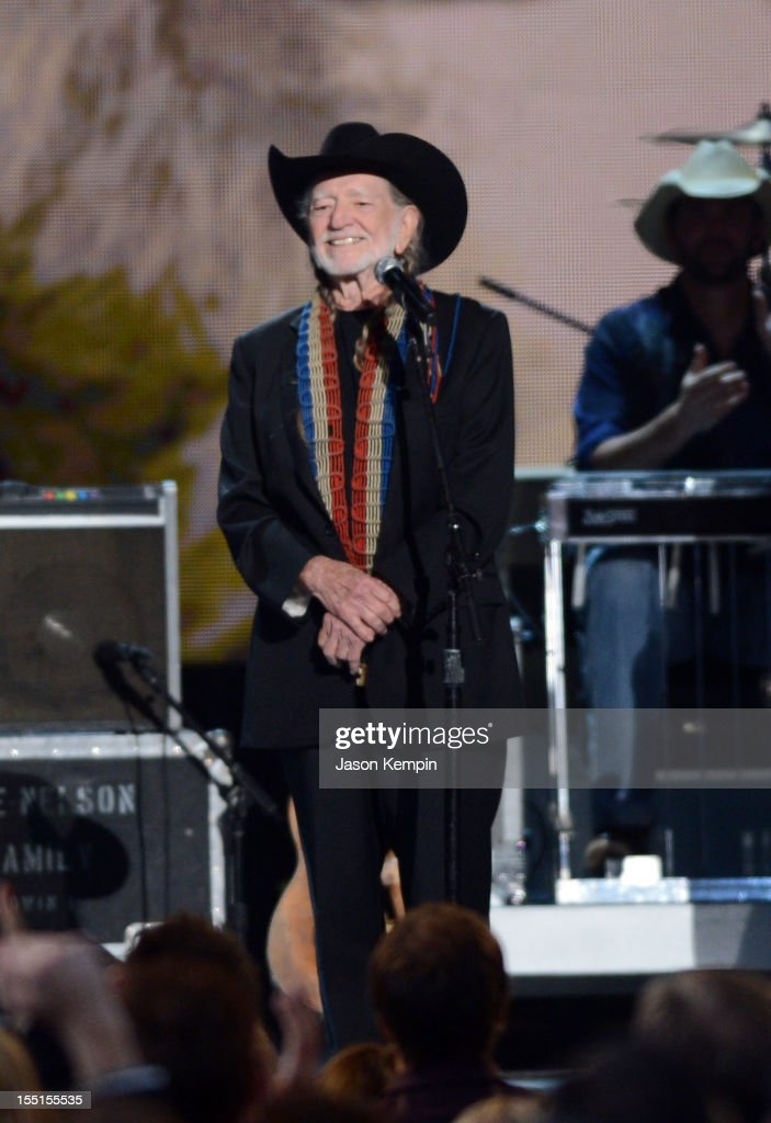 <a gi-track='captionPersonalityLinkClicked' href=/galleries/search?phrase=Willie+Nelson&family=editorial&specificpeople=203154 ng-click='$event.stopPropagation()'>Willie Nelson</a> performs during the 46th annual CMA Awards at the Bridgestone Arena on November 1, 2012 in Nashville, Tennessee.