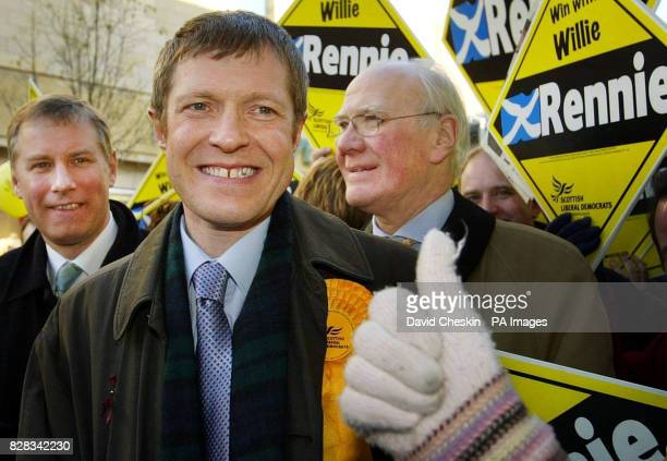 Willie Rennie walks Dunfermline High Street with Sir Menzies Campbell and Leader of the Scottish Liberals Nicol Stephen Friday 10 February 2006...