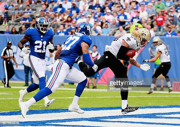 Willie Snead IV of the New Orleans Saints makes a catch to run 17yards for a touchdown against Darian Thompson and Landon Collins of the New York...
