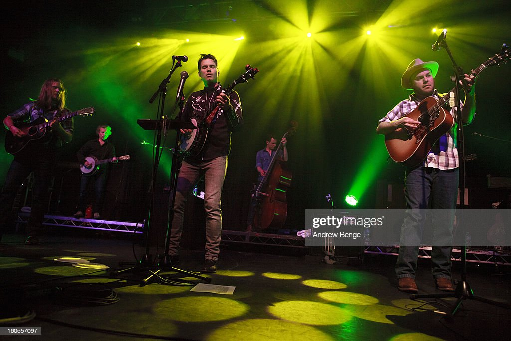 Old Crow Medicine Show Perform In Manchester