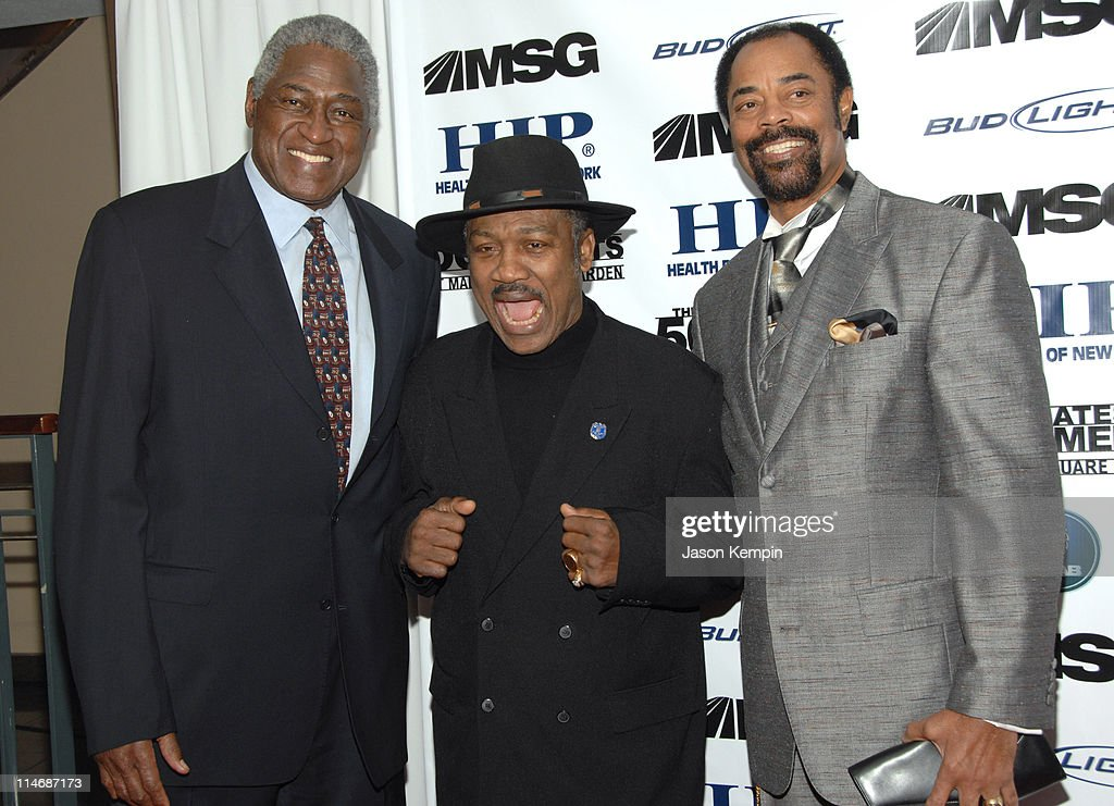 Willis Reed Joe Frazier and Walt Frazier during 'The 50 Greatest Moments At Madison Square Garden' New York Screening January 18 2007 at The Club Bar...