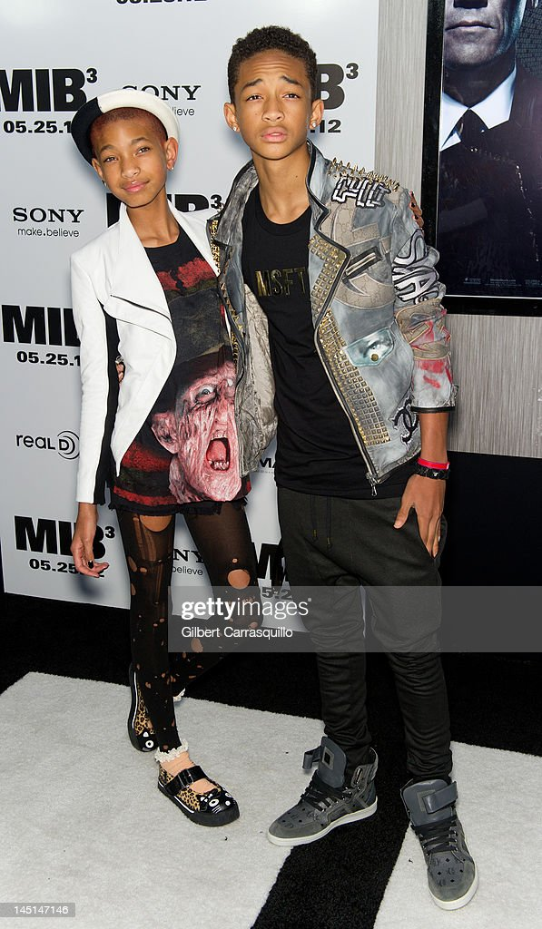 <a gi-track='captionPersonalityLinkClicked' href=/galleries/search?phrase=Willow+Smith&family=editorial&specificpeople=869488 ng-click='$event.stopPropagation()'>Willow Smith</a> and <a gi-track='captionPersonalityLinkClicked' href=/galleries/search?phrase=Jaden+Smith&family=editorial&specificpeople=709174 ng-click='$event.stopPropagation()'>Jaden Smith</a> attend the 'Men In Black 3' New York premiere at the Ziegfeld Theatre on May 23, 2012 in New York City.