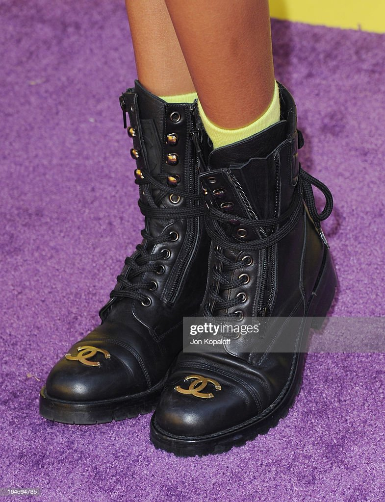 Willow Smith arrives at Nickelodeon's 26th Annual Kids' Choice Awards at USC Galen Center on March 23, 2013 in Los Angeles, California.