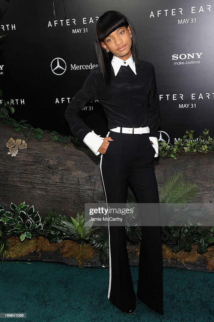 <a gi-track='captionPersonalityLinkClicked' href=/galleries/search?phrase=Willow+Smith&family=editorial&specificpeople=869488 ng-click='$event.stopPropagation()'>Willow Smith</a> attends Columbia Pictures and Mercedes-Benz Present the US Red Carpet Premiere of AFTER EARTH at Ziegfeld Theatre on May 29, 2013 in New York City.