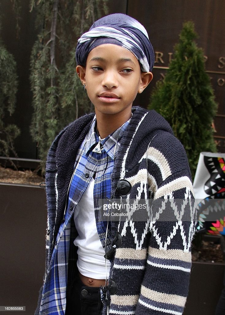 <a gi-track='captionPersonalityLinkClicked' href=/galleries/search?phrase=Willow+Smith&family=editorial&specificpeople=869488 ng-click='$event.stopPropagation()'>Willow Smith</a> is seen in Soho on February 25, 2013 in New York City.