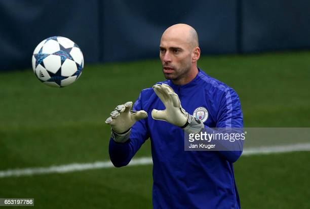 Willy Caballero in action during a Manchester City training session prior to the UEFA Champions League Round of 16 Second Leg match against Monaco at...
