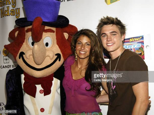 Willy Wonka Dylan Lauren and Jesse McCartney during Jesse McCartney and Willy Wonka Host 'Wonka's Wacky FUNDay' to Launch New SweeTARTS Squeez and...