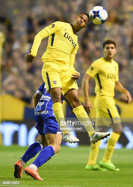 Wilmar Barrios of Boca Juniors heads the ball during a match between Boca Juniors and Godoy Cruz as part of Superliga 2017/18 at Alberto J Armando...