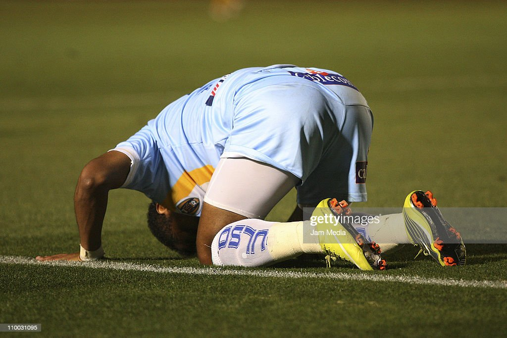 Wilmer Aguirre of San Luis reacts during a match againts Tigres as part of the Clausura 2011 Tournament in the Mexican Football League at Universitary Stadium on March 12, 2011 in Monterrey, Mexico.