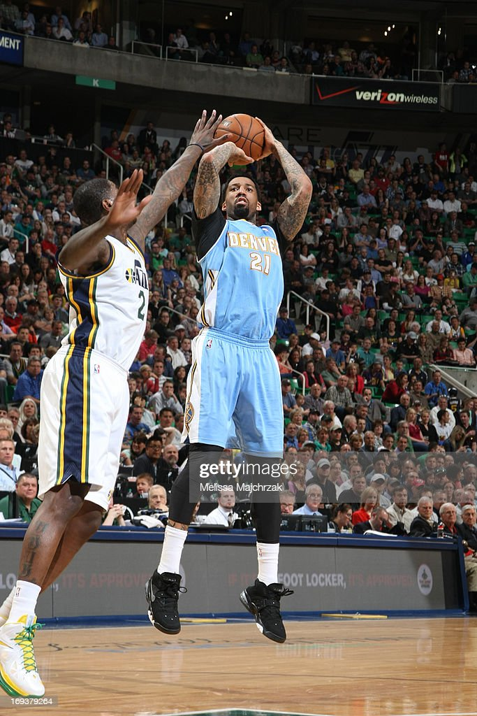<a gi-track='captionPersonalityLinkClicked' href=/galleries/search?phrase=Wilson+Chandler&family=editorial&specificpeople=809324 ng-click='$event.stopPropagation()'>Wilson Chandler</a> #21 of the Denver Nuggets shoots the ball against the Utah Jazz at Energy Solutions Arena on April 3, 2013 in Salt Lake City, Utah.
