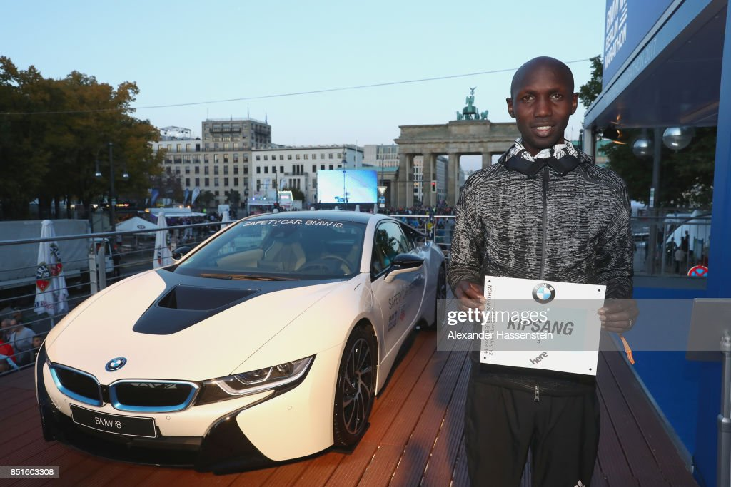 Wilson Kipsang of Kenya poses with his starting number for the BMW Berlin Marathon 2017 on September 22, 2017 in Berlin, Germany.