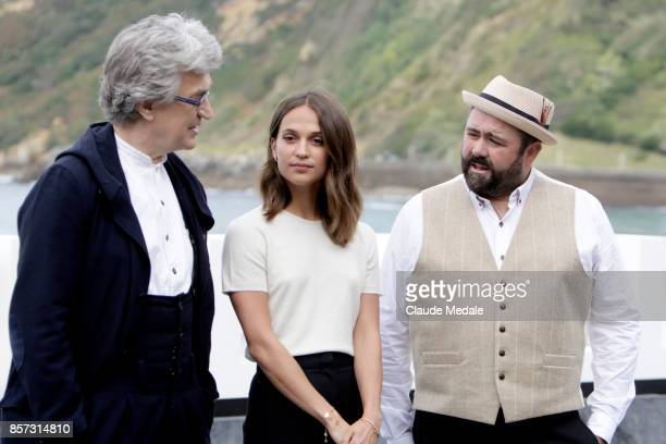 Wim Wenders Alicia Vikander and Celyn Jones attends 'Submergence' photocall during 65th San Sebastian Film Festival on September 22 2017 in San...
