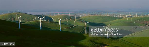 'Wind energy, Altamont Pass on Route 580 in Livermore, CA'