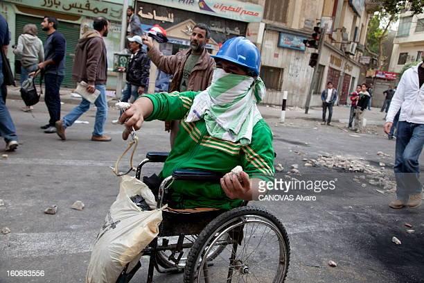 A Wind Of Freedom Blows In Egypt Egypte après deux semaines de bataille rangée dans le centre du Caire le printemps arabe fait vaciller le pouvoir...