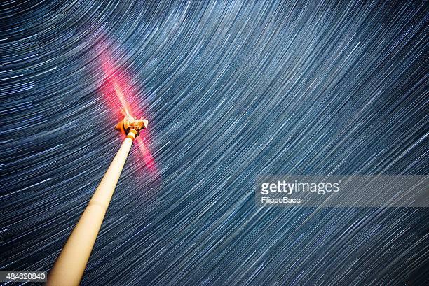 風力タービン、星空の下で