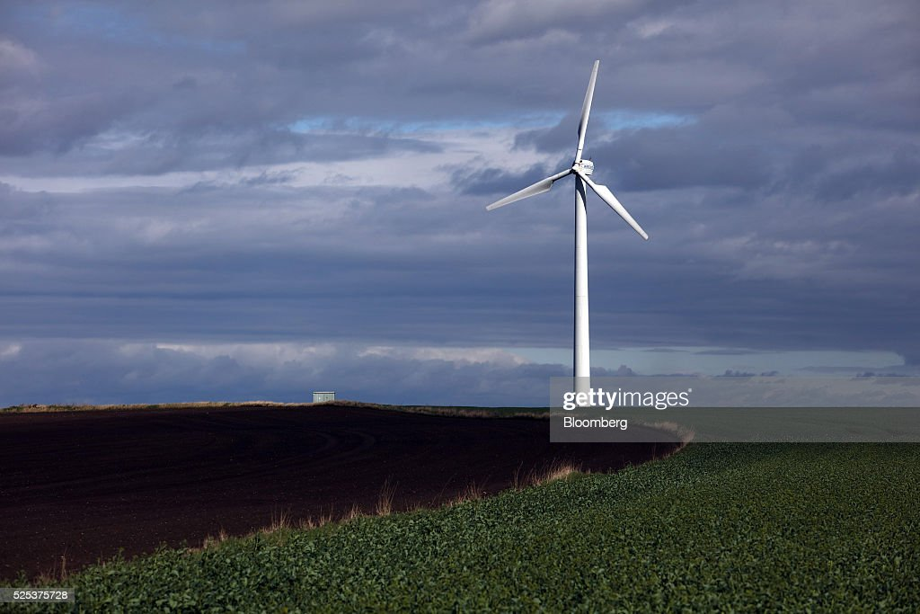 testing the world 39 s biggest wind turbine getty images. Black Bedroom Furniture Sets. Home Design Ideas