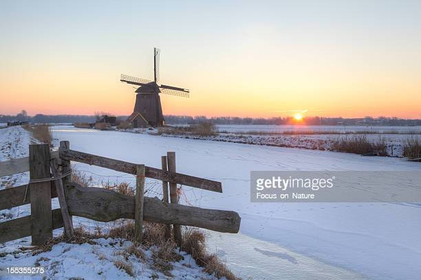 Windmill in winter during sunrise (XXXLarge)