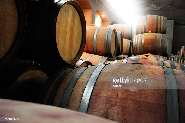Wein im Weinkeller barrells