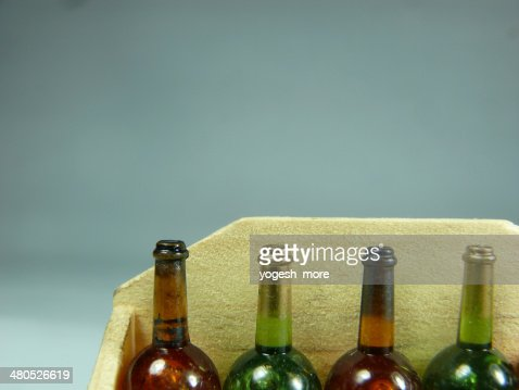 Wine bottles miniature : Bildbanksbilder