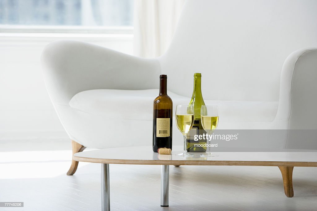 Wine for Two : Stock Photo
