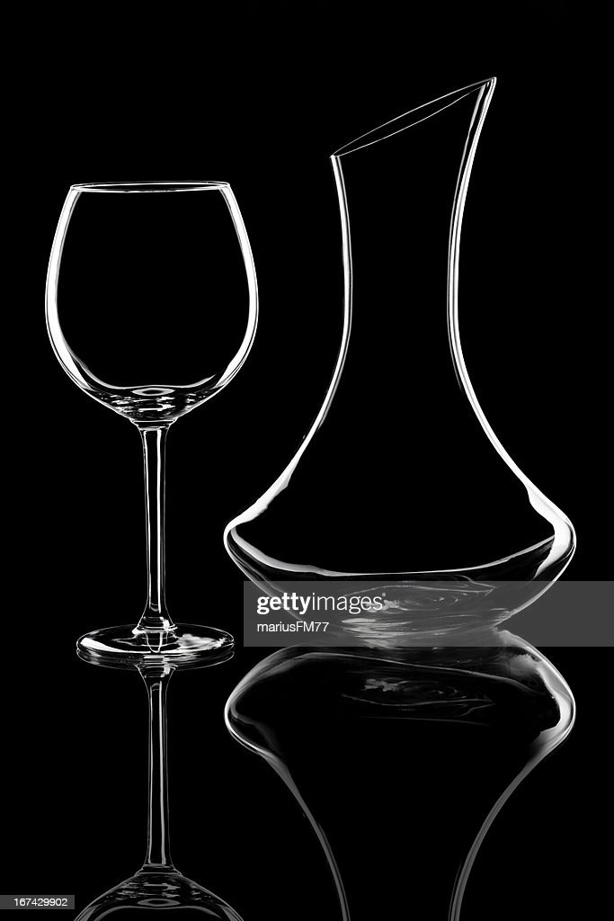 Vino copa y botella de boca ancha : Foto de stock