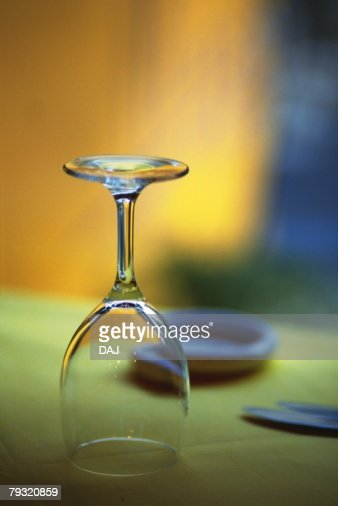 Wine Glass, Close Up, Differential Focus : Stock Photo