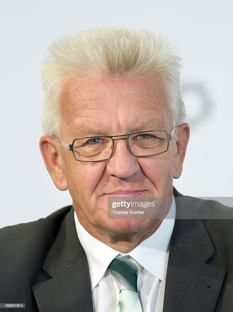 <a gi-track='captionPersonalityLinkClicked' href=/galleries/search?phrase=Winfried+Kretschmann&family=editorial&specificpeople=7227897 ng-click='$event.stopPropagation()'>Winfried Kretschmann</a>, The Green Party and Minister-President of the state of Baden-Württemberg at the meeting of the top candidates for the Bundstag election from the red-green led German federal states with their campaign slogan 'Signal for Change', supporting the idea of a red-green federal government pictured on September 05, 2013 in Berlin, Germany.