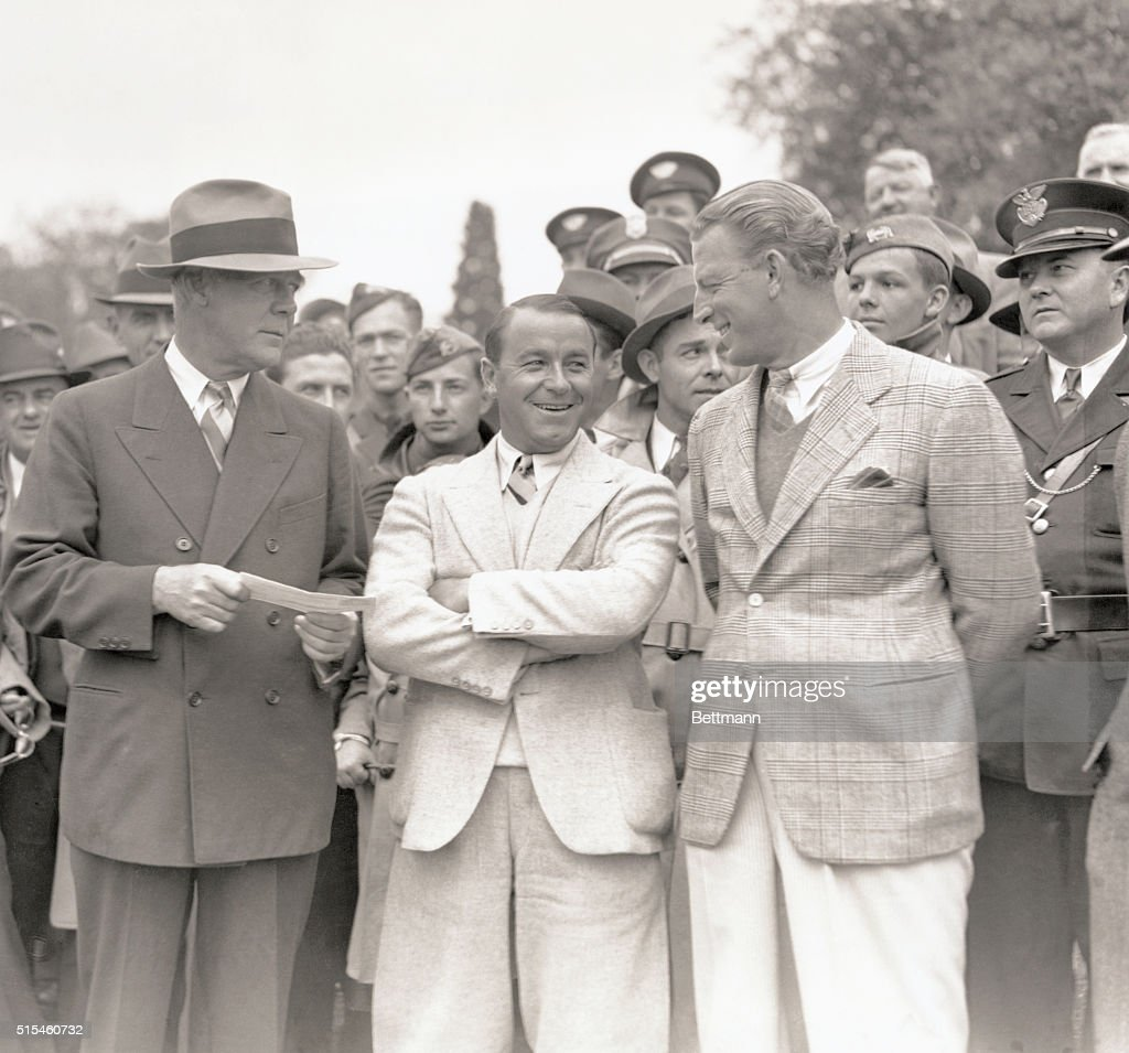 Winner And Runner-Up In Masters' Tourney, Get Checks. Augusta, Georgia: Left to right, Grantland Rice, renowned sports writer, presenting their checks to <a gi-track='captionPersonalityLinkClicked' href=/galleries/search?phrase=Gene+Sarazen&family=editorial&specificpeople=890883 ng-click='$event.stopPropagation()'>Gene Sarazen</a>, veteran pro, and <a gi-track='captionPersonalityLinkClicked' href=/galleries/search?phrase=Craig+Wood&family=editorial&specificpeople=1068664 ng-click='$event.stopPropagation()'>Craig Wood</a>, young golfing expert, at the conclusion of the Masters' Golf Championship played over the Augusta National Golf Club course April 9th. Sarazen defeated Wood in the thirty-six hole playoff for the title by five up.