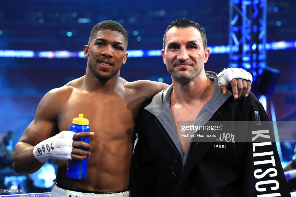 winner-anthony-joshua-stands-with-wladim