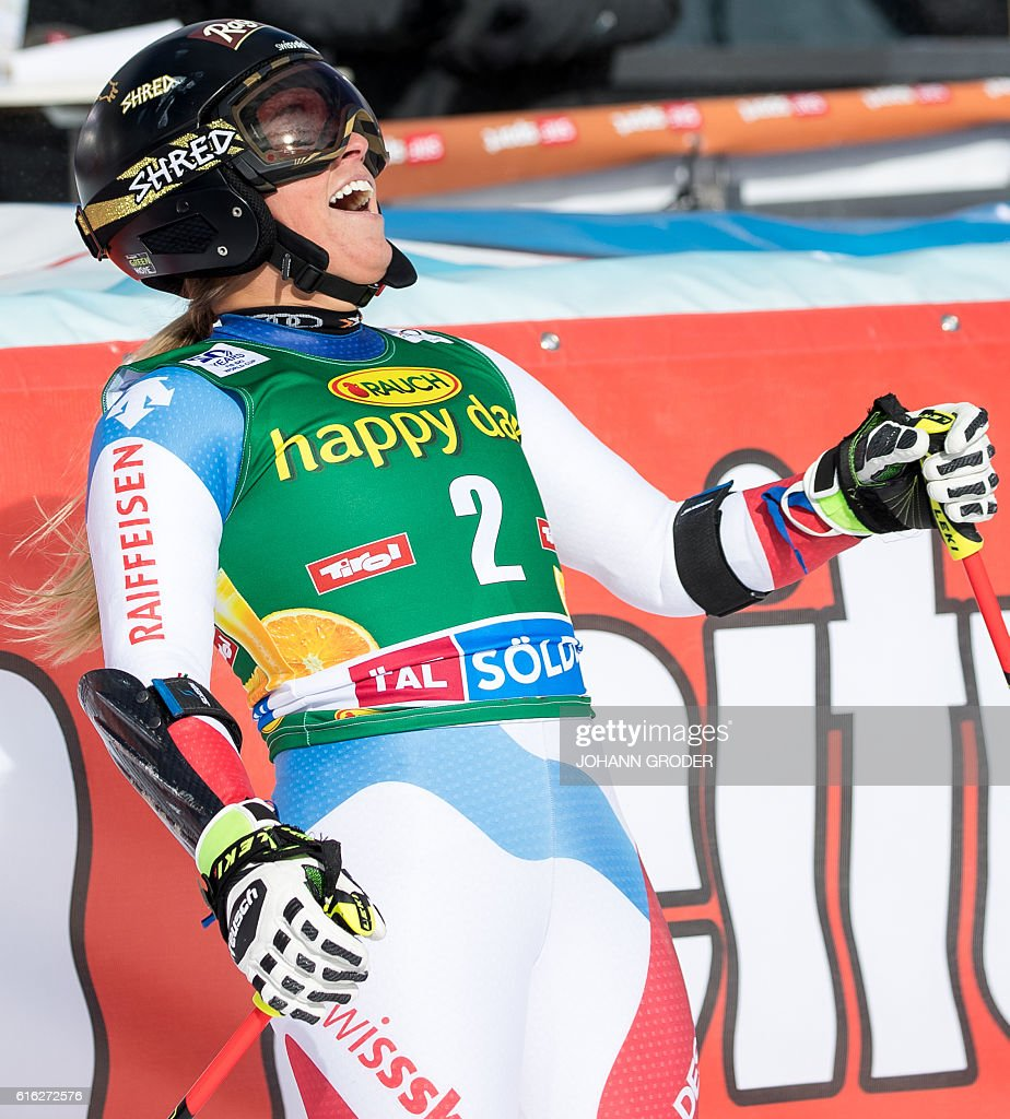 Winner Lara Gut of Switzerland reacts after her second run of the ladies' giant slalom of the FIS ski world cup in Soelden, Austria on October 22, 2016. / AFP / APA / Johann GRODER / Austria OUT