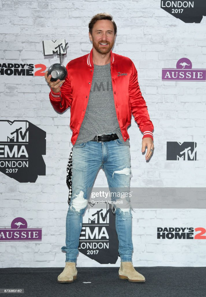 Winner of the award for Best Electronic Act, David Guetta poses in the winner's room during the MTV EMAs 2017 held at The SSE Arena, Wembley on November 12, 2017 in London, England.