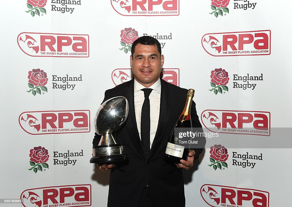 Winner of The RPA Players' Player of the Year in association with England Rugby Award, <a gi-track='captionPersonalityLinkClicked' href=/galleries/search?phrase=George+Smith+-+Rugby+Player&family=editorial&specificpeople=15720629 ng-click='$event.stopPropagation()'>George Smith</a> poses for photos during the RPA Players' Awards 2016 at Battersea Evolution on May 11, 2016 in London, England. (Photo by Tom Dulat/Getty Images).
