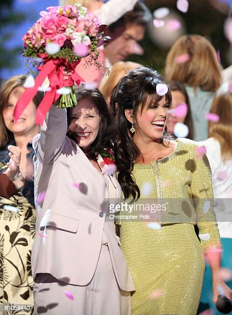 CULVER CITY CA MAY 11 Winner Patti PattonBader Military Mom and Marie Osmond during Teleflora presents America's Favorite Mom in Culver City on May...