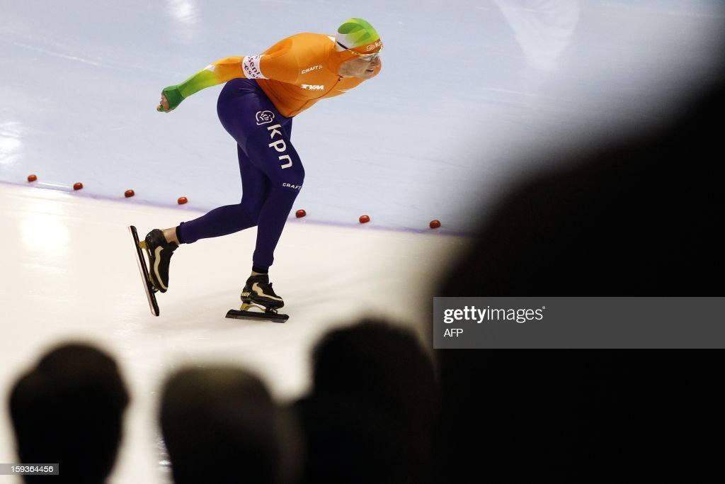 Winner Sven Kramer from The Netherlands competes during the men's 5000 meter race at the European Speed Skating Championships in Heerenveen, Netherlands, on January 11, 2013. The championships started today and be held until January 13. AFP PHOTO / ANP / BAS CZERWINSKI - netherlands out -