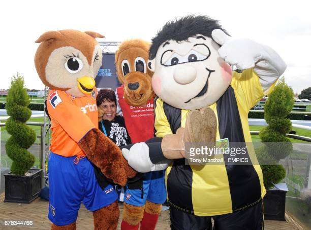 Winners of the Football League Mascot Race in support of Prostate Cancer UK from left to right Oldham Athletic AFC's Chaddy Owl Sukhi Dale York City...