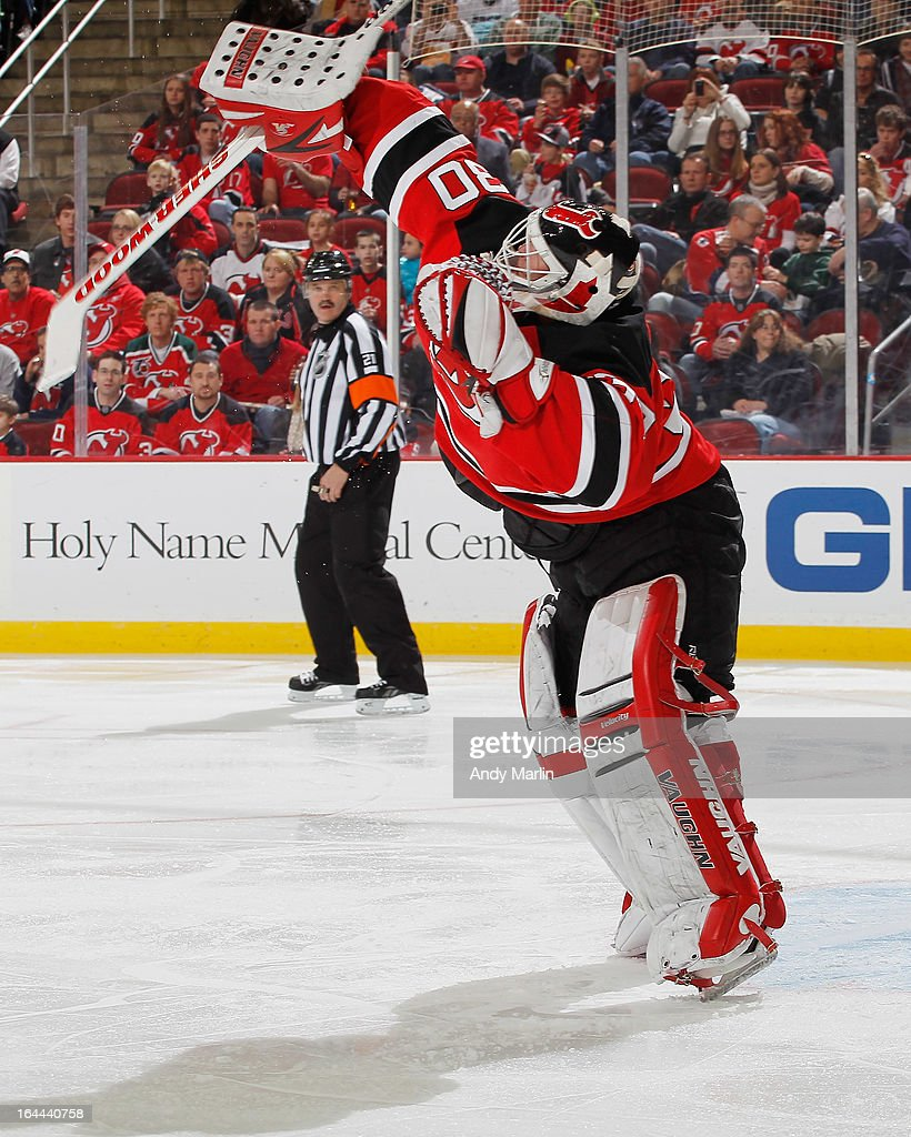 Winning goaltender <a gi-track='captionPersonalityLinkClicked' href=/galleries/search?phrase=Martin+Brodeur&family=editorial&specificpeople=201594 ng-click='$event.stopPropagation()'>Martin Brodeur</a> #30 of the New Jersey Devils defends his net against the Florida Panthers during the game at the Prudential Center on March 23, 2013 in Newark, New Jersey. The Devils defeated the Panthers 2-1.
