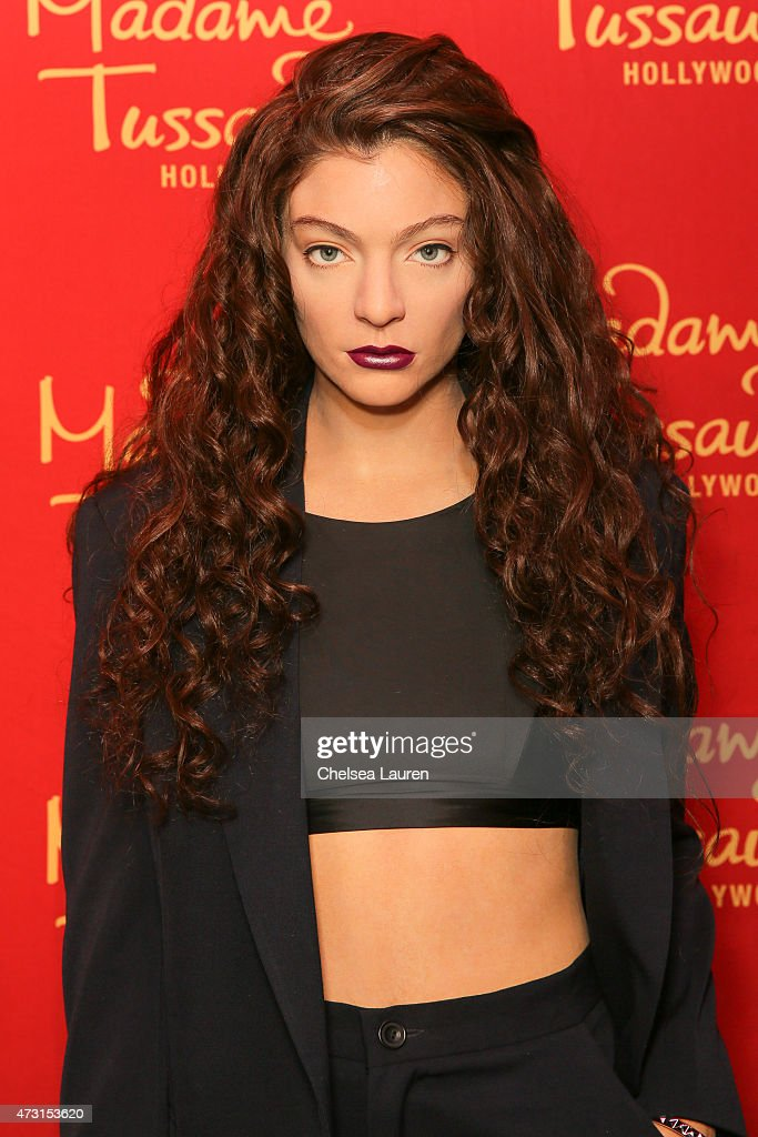 Winning SingerSongwriter Lorde Immortalized In Wax For Madame Tussauds Hollywood on May 7 2015 in Hollywood California