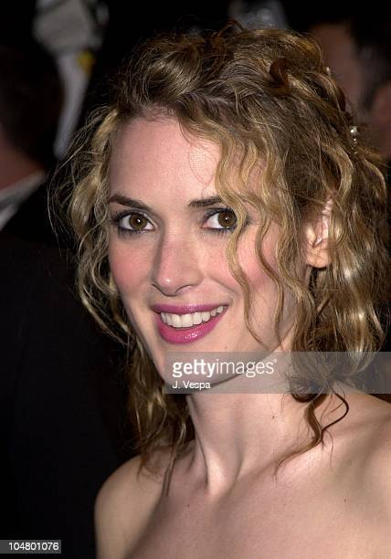 Winona Ryder during 2001 Vanity Fair Oscar Party Arrivals at Morton's Restaurant in Beverly Hills California United States